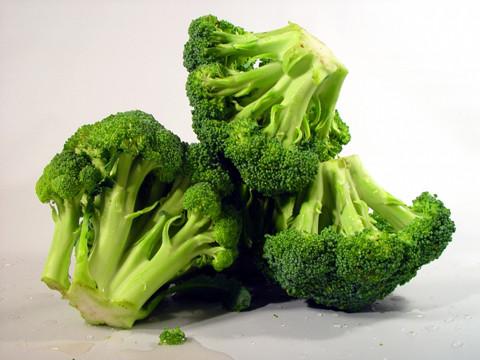 4. Súp lơ xanh, bông cải xanh 1
