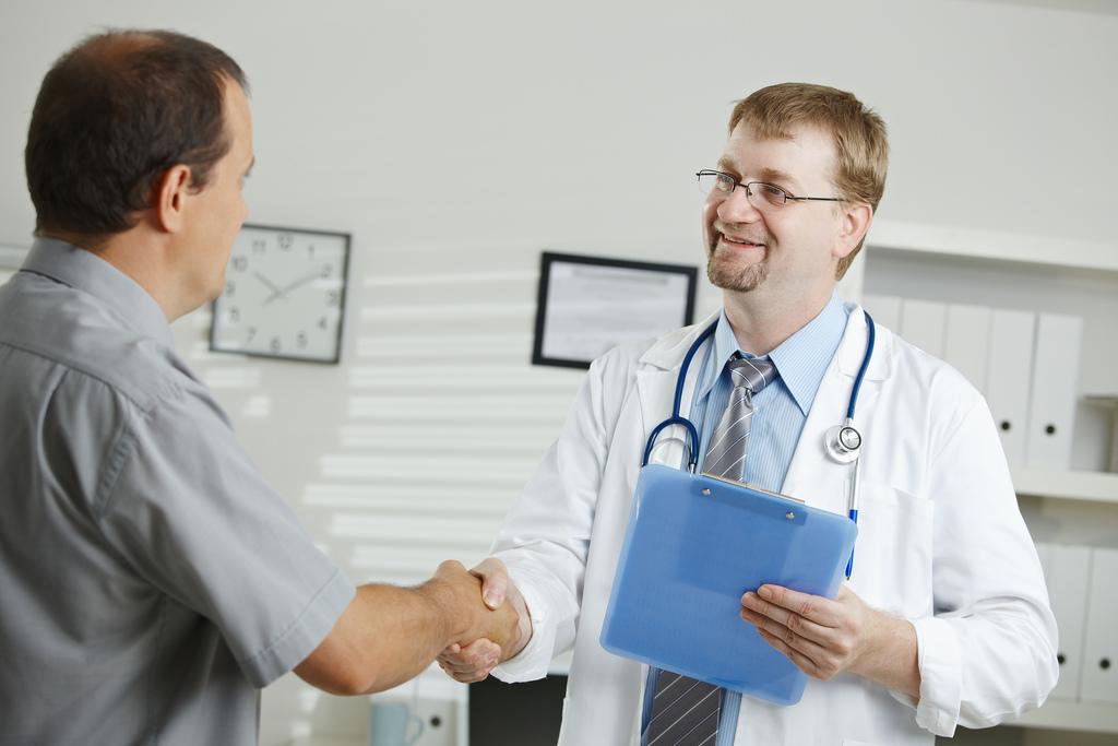 Vì sao cần điều trị phì đại tuyến tiền liệt? 1