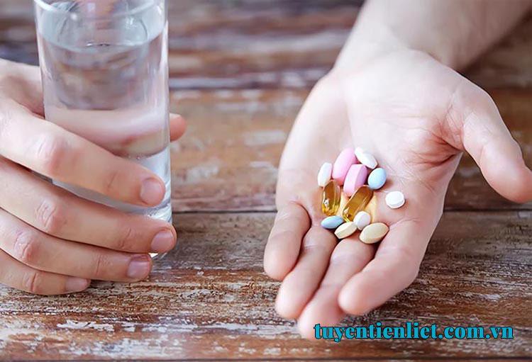 Bệnh về tuyến tiền liệt khi nào cần uống thuốc? 1